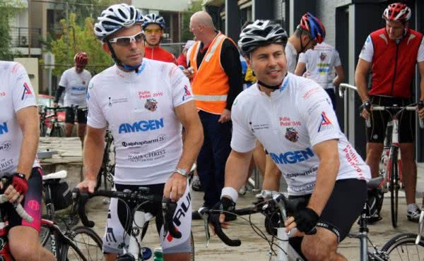 Josh Joins Tony Abbott for Pollie Pedal 2010