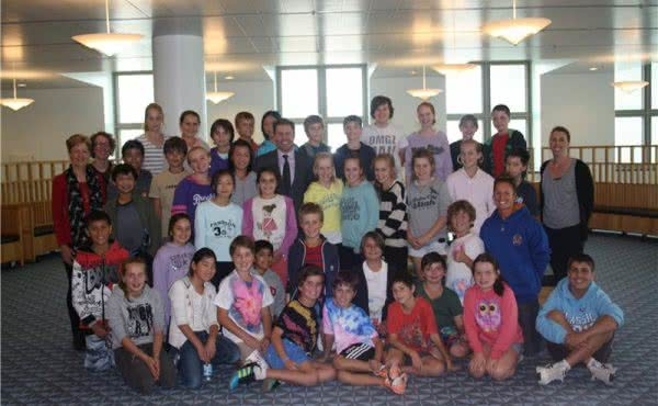 Kew East Primary visits Parliament House