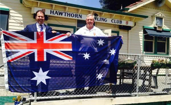 Presenting A New Australian Flag at Hawthorn Bowling Club