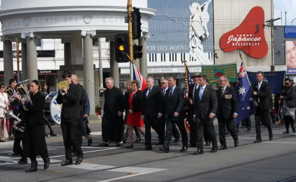Kew RSL Anzac Day March and Service – Centenary of Anzac