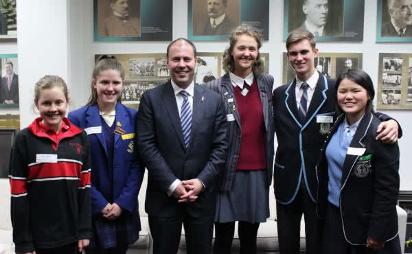 Anzac Centenary Local Grants Program update