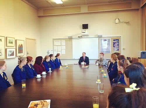 Meeting the Canterbury Girls' Secondary College (CGSC) 2017 Leadership Team